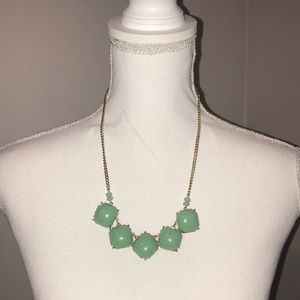 Jewelry - Mint green & gold statement necklace